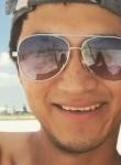 Christian, 28  , Miguel Hidalgo (Mexico City)