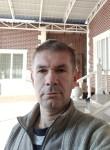 Anatoliy, 45  , Tokmok
