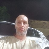 امين, 44  , Bou Arfa