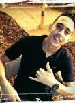 mohamed , 20  , Al Jizah
