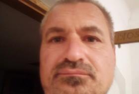 Jliuta, 42 - Just Me