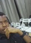 Carlitö, 28  , Kinshasa