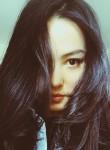 Linda, 28  , Wuhan