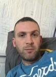 cedric, 34  , Ballan-Mire