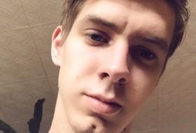 Nikolaj, 21 - Just Me