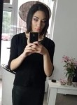 Nena, 18  , Belgrade