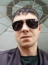 Konstantin, 41, Poland, Wroclaw