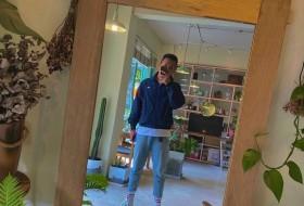 Spiaker, 21 - Just Me