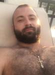 Evgenii, 27  , Enem