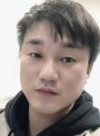 ksk, 37  , Suwon-si