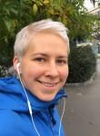 Yulya, 28, Saint Petersburg