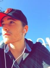 Brandon, 19, Australia, Brisbane