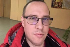 ROMAN, 39 - Just Me