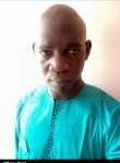 mbaye Séne, 37  , Dakar