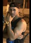 Adrián , 33  , Bayamo