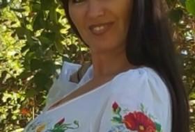 Vika, 47 - Just Me