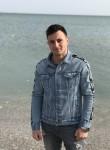 Igor , 19  , Tulcea