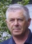 Viktor, 60  , Slantsy