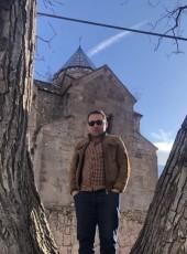 Narek Martirosyan, 27, Russia, Moscow