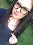 Yulya, 20  , Vladivostok