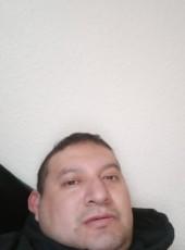 Suteto, 41, United States of America, SeaTac