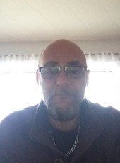 bruno, 48, Saint Pierre and Miquelon, Saint-Pierre