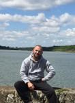 Maks, 35, Le Perray-en-Yvelines