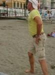Anatolie, 44  , Voghera