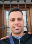 Manuel , 36  , Malaga