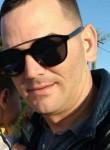 Luis Daniel, 32  , Montevideo