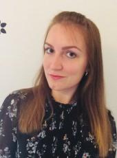 Olga, 30, Russia, Omsk