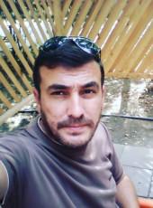 Alik Bakinets, 40, Azerbaijan, Baku