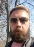 Oleg, 38, Kiev