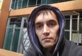 Mekan, 36 - Just Me