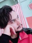 Bilal, 26  , Side