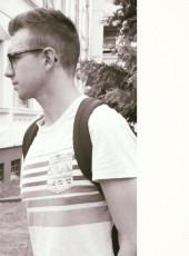 max, 20, France, Niort