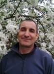 sergey , 51  , Lodz