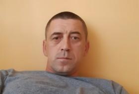 Ruslan, 42 - Just Me