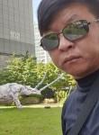 Stanislav, 38  , Hwaseong-si
