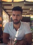 robin, 23  , Beirut