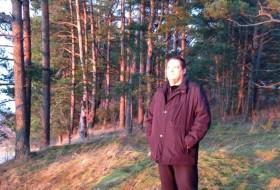 yuriy, 54 - Just Me