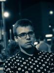 Kirill, 18  , Sumy