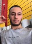 dhurgham, 24  , Baghdad
