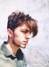Rahib, 20, Azerbaijan, Saray