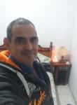 Julio, 52  , Buenos Aires