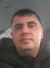 Aleksandr, 46, Russia, Satka