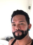 Charles, 30, Canberra