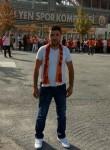 Veysel , 33  , Istanbul
