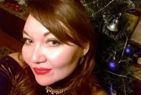 Olga, 40 - Just Me