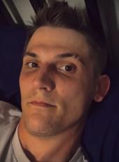 Matt Sherwood, 33, United States of America, Salem (State of Oregon)